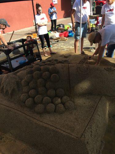 sandcastle-working-3